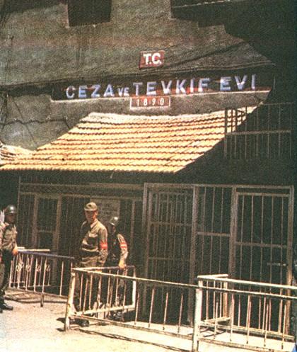 Diyarbakır İçkale'de Bulunan Tarihi Eski Cezaevi...