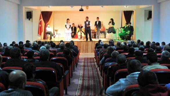 Kent Tiyatrosu Açılışı Ankara L Tipi Cezaevinde Yapacak...