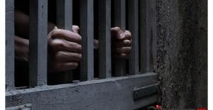 Cezaevini Basıp 163 Mahkumu Serbest Bıraktılar