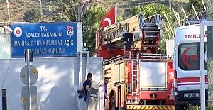 Manisa E Tipi Kapalı ve Açık Ceza İnfaz Kurumunda Yangın
