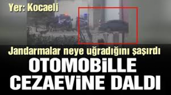 Kocaeli'de Cezaevine Alınmayınca, Otomobiliyle Nizamiye Kapısına Çarparak Girdi