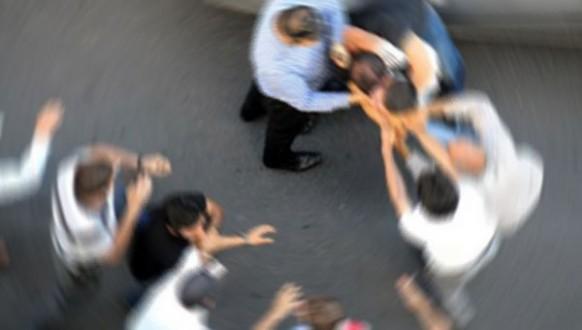 Van M Tipi Kapalı Cezaevinde Mahkumlar Arasında Kavga : 11 Yaralı...